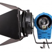 den-spotlight-2000w-1
