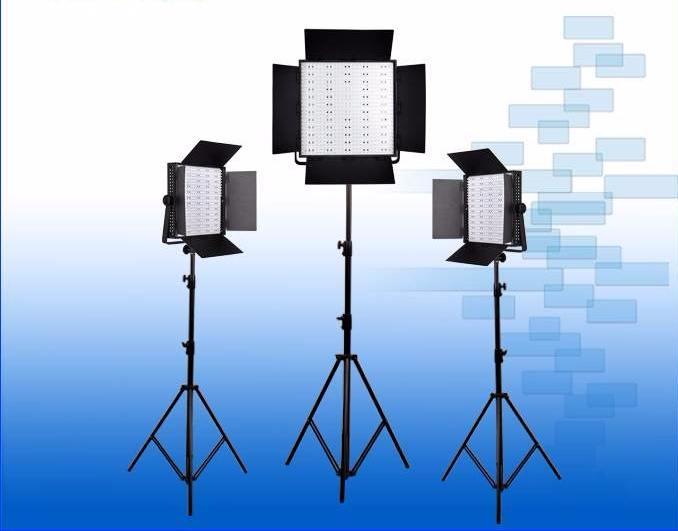 LED StudioCN-600DS-1