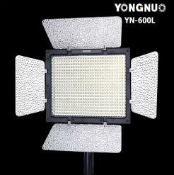 Đèn LED quay phim Yongnuo YN600L
